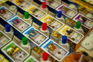 photo credit : @BoadgameShot https://www.instagram.com/boardgameshot/